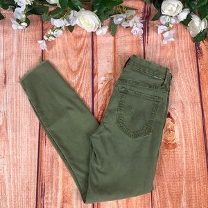 MOTHER Olive High Waisted Looker Ankle Jeans J177